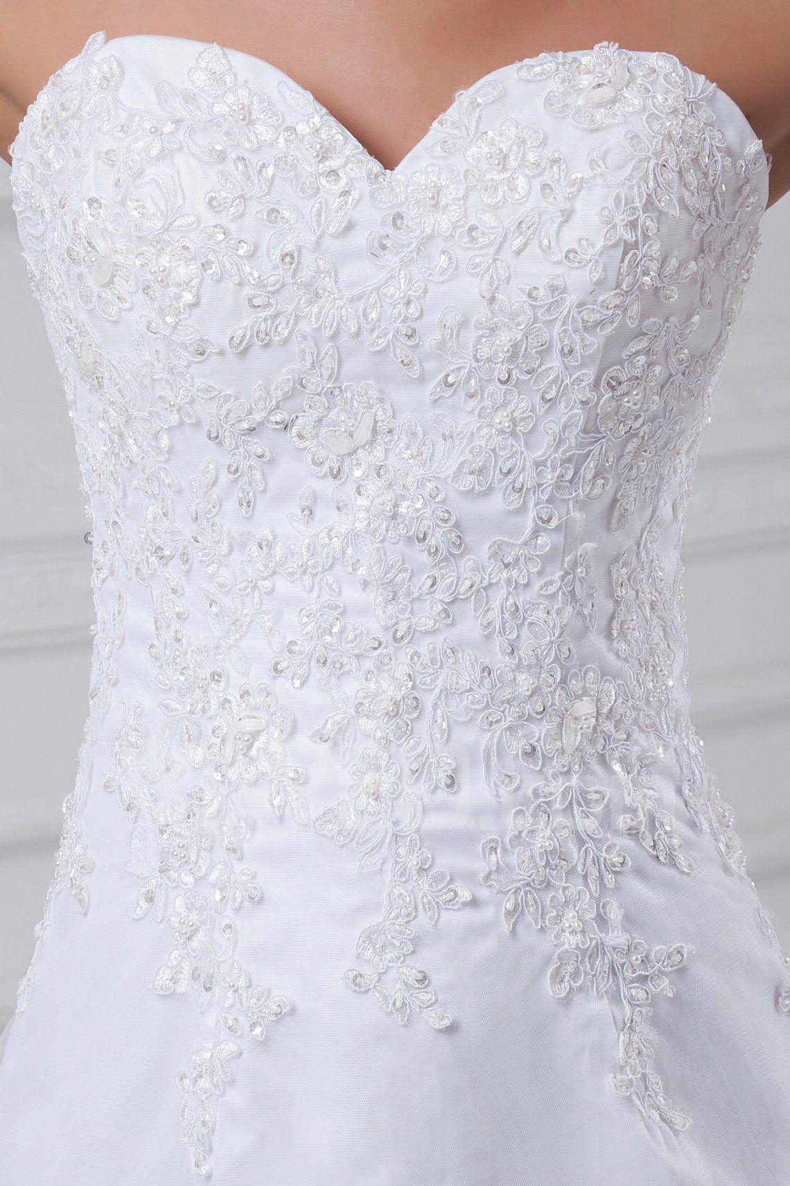 Вышивка для свадебного платья